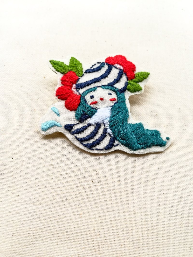 little mermaid Embroidery Brooch No.2