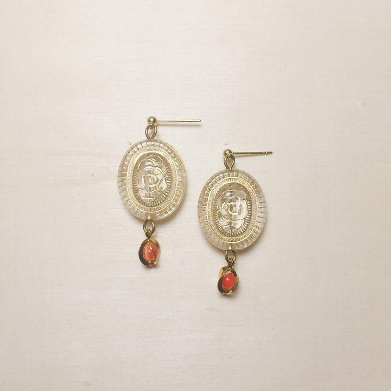 Vintage transparent rose engraving earrings