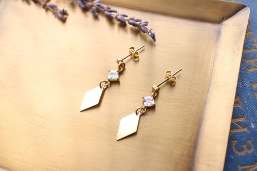 Simple-zircon brass earrings