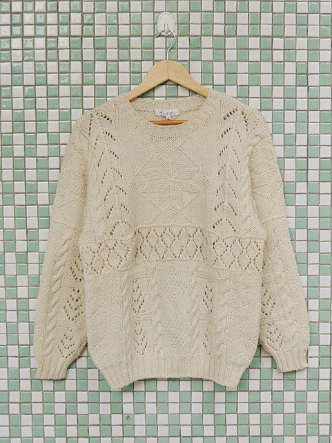 ♦♦ ◈ invincible children music vintage Japanese input line ◈ ♦♦ classic antique vintage stereoscopic twist beige sweater hollow ice