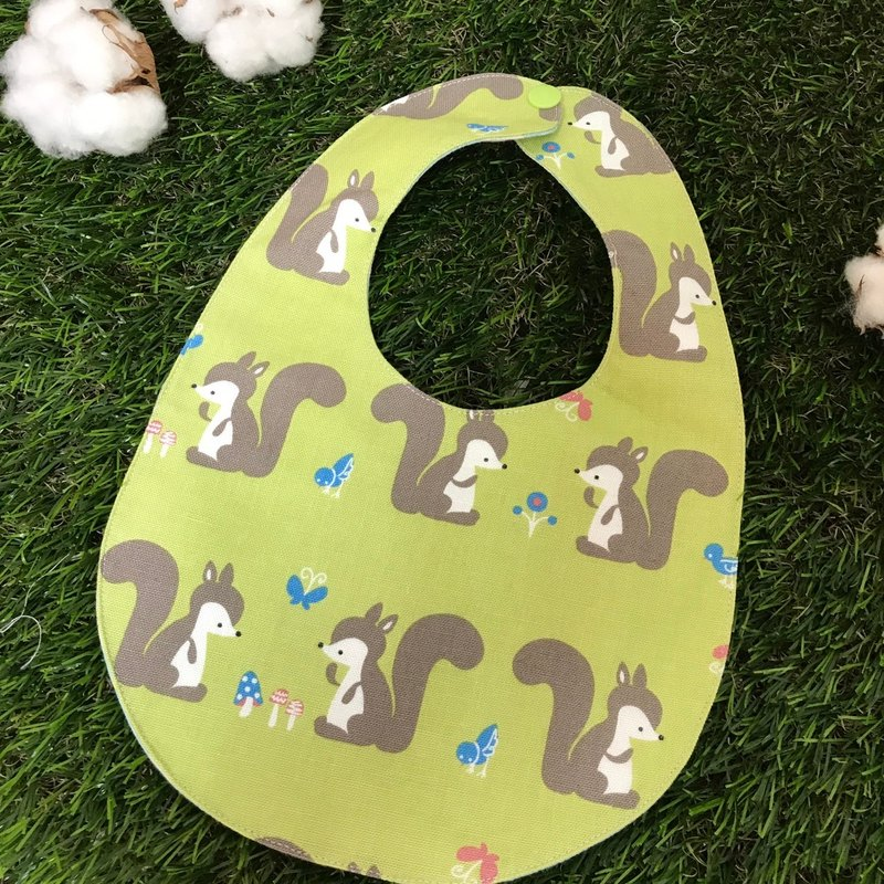 Double-sided bibs - small squirrels