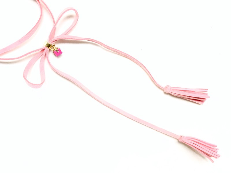 Small pink tassel necklace