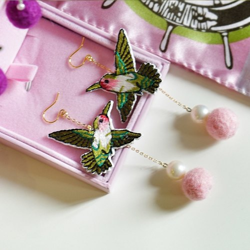 Warm winter hand-stitching Swallow natural freshwater pearl earrings hairball 925 Tremella hook toot rose pink & purple color