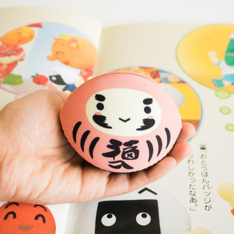Pink daruma coin purse. Lucky in Love for Valentine's gift.