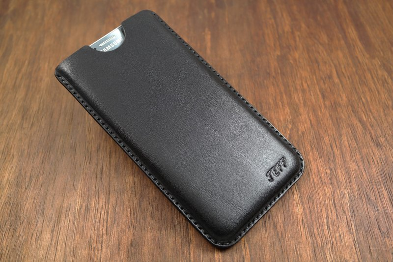 APEE leather handmade ~ plastic phone holster ~ plain black