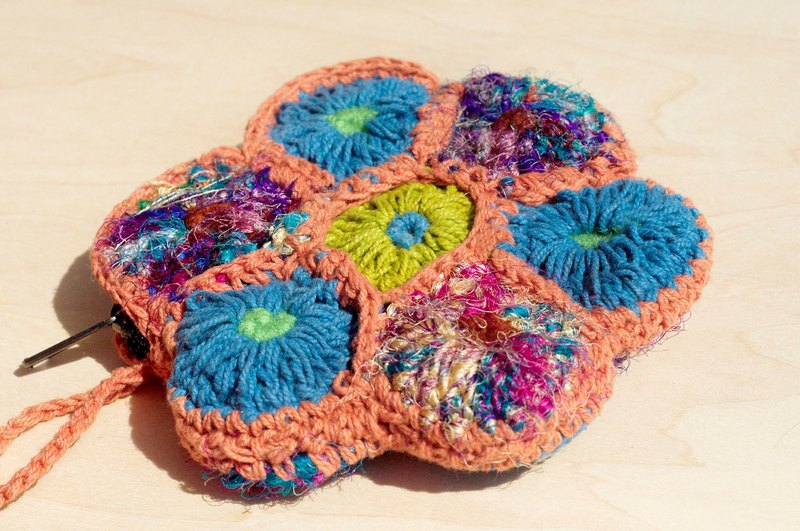 A limited national wind handmade sari wire crocheted purse / cosmetic bag / Storage bag - colorful flowers forest department Purse