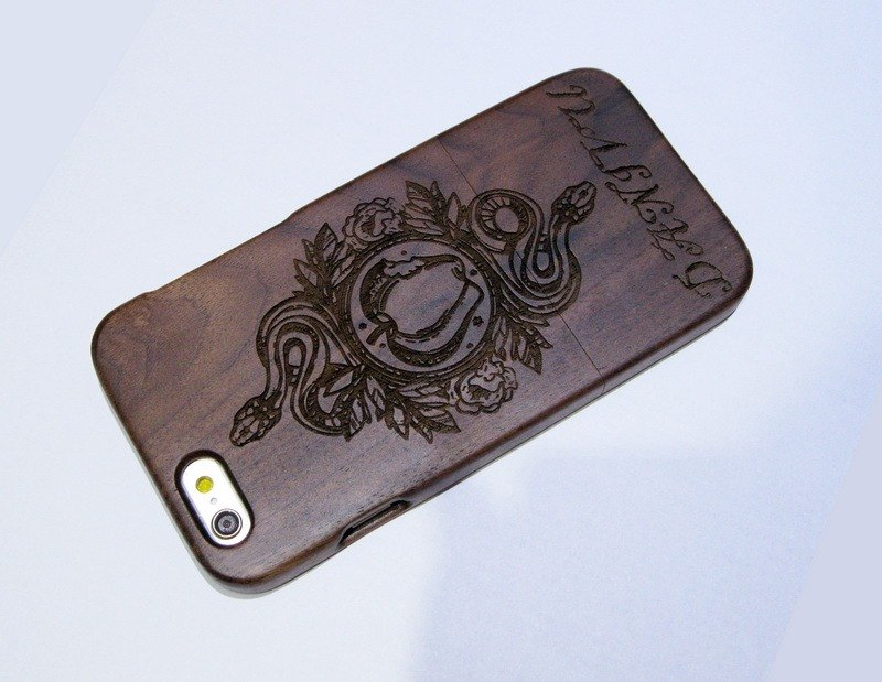 Customize wooden iPhone and Samsung case, personalized gift, apple and snake