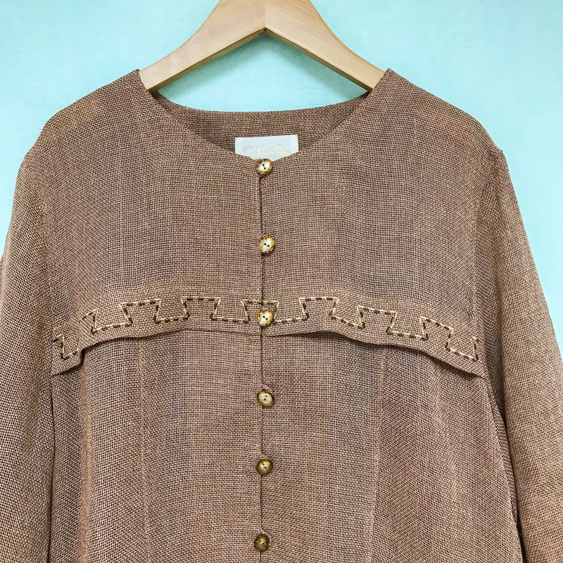 Vintage tops / bean-colored linen embroidered short-sleeved shirt