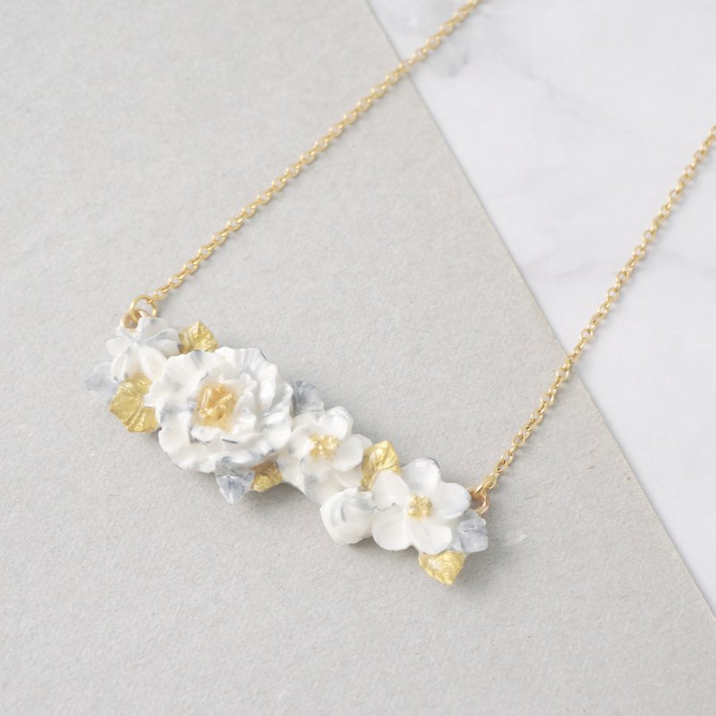 Marble pattern floral necklace Golden ver.