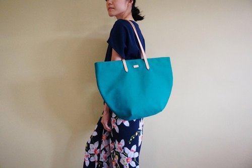 Turquoise Beach Tote Bag with Leather Strap - Casual Weekend Tote