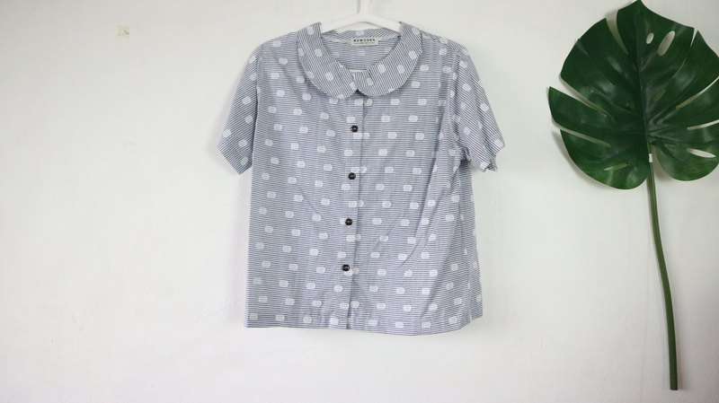 Short Sleeve Shirt  with Wooden buttons