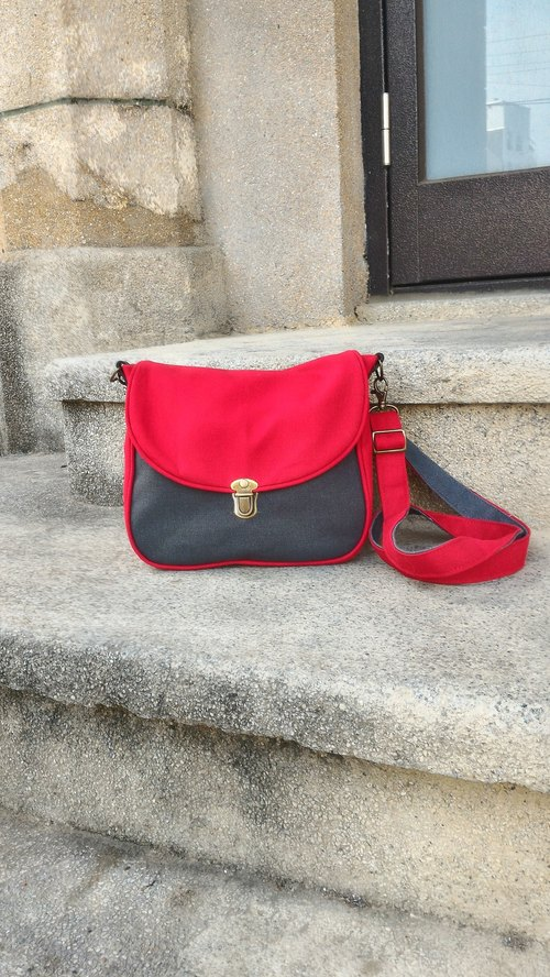 Red gray canvas crossbody exchange gifts