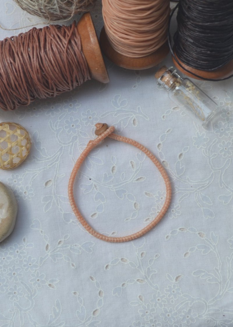 plain bracelet in pale orange