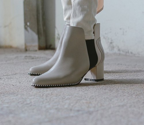 Exquisite pearl trim bandage stitching pointed rough leather with ankle boots apricot