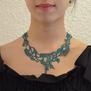 Elegant wheat embroidery necklace