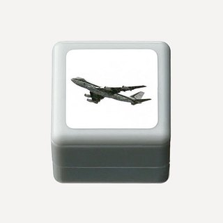 Black and white aircraft Signet