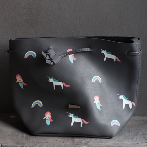 Unicorn Rainbow Bucket Bag