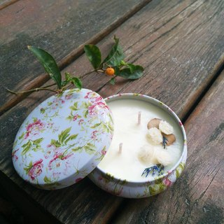Gardenia (flowery) soy candle home fragrance series