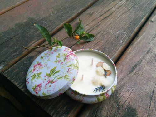 Gardenia garden (floral notes) soy candle home fragrance series