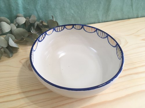 Pottery bowl - blue edge point semicircle