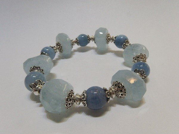 """Original"" - Natural Aquamarine Silver Bracelet Hong Kong original design"