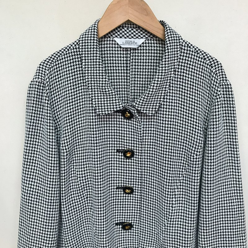 Outer / Black and White Houndstooth Outer