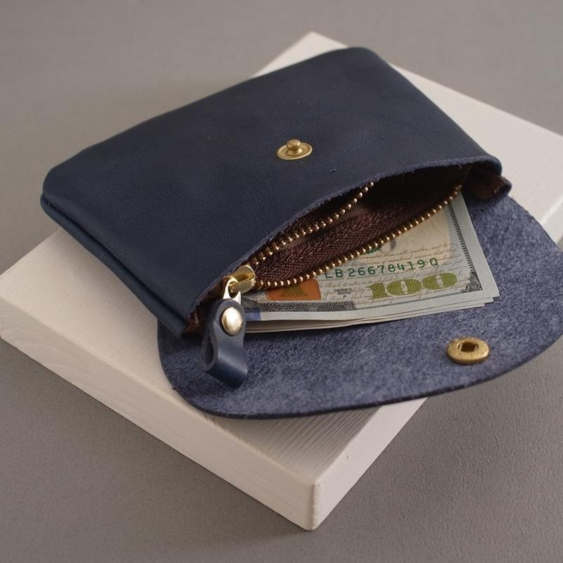 RENÉE pick-up bag - small / coin purse / earphone bag / small bag vegetable tanned leather marine blue
