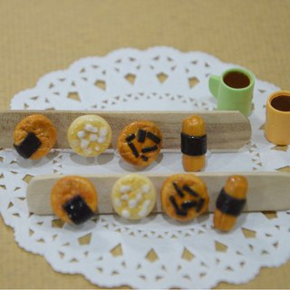 Japanese confectionery group earrings (clip-on ear acupuncture OR) - crackers & rice cracker