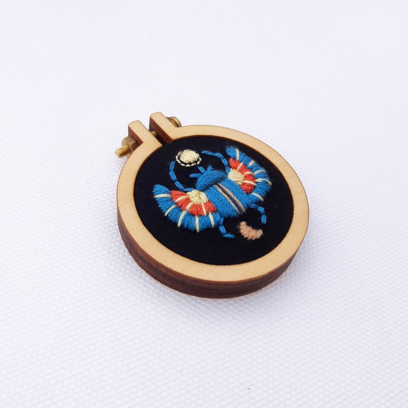 Scarab hand embroidery pin necklace earrings