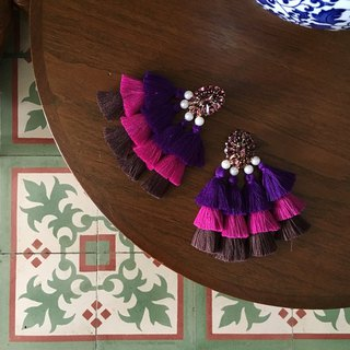 earrings : BABA YAYA shade of purple