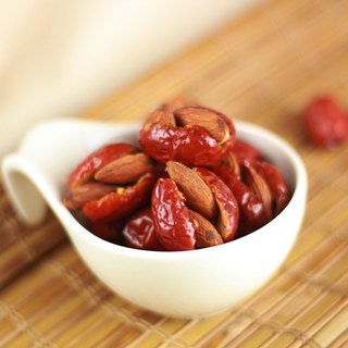 [Afternoon snacks light] on the dates of the nuts - almonds (160g / bag)