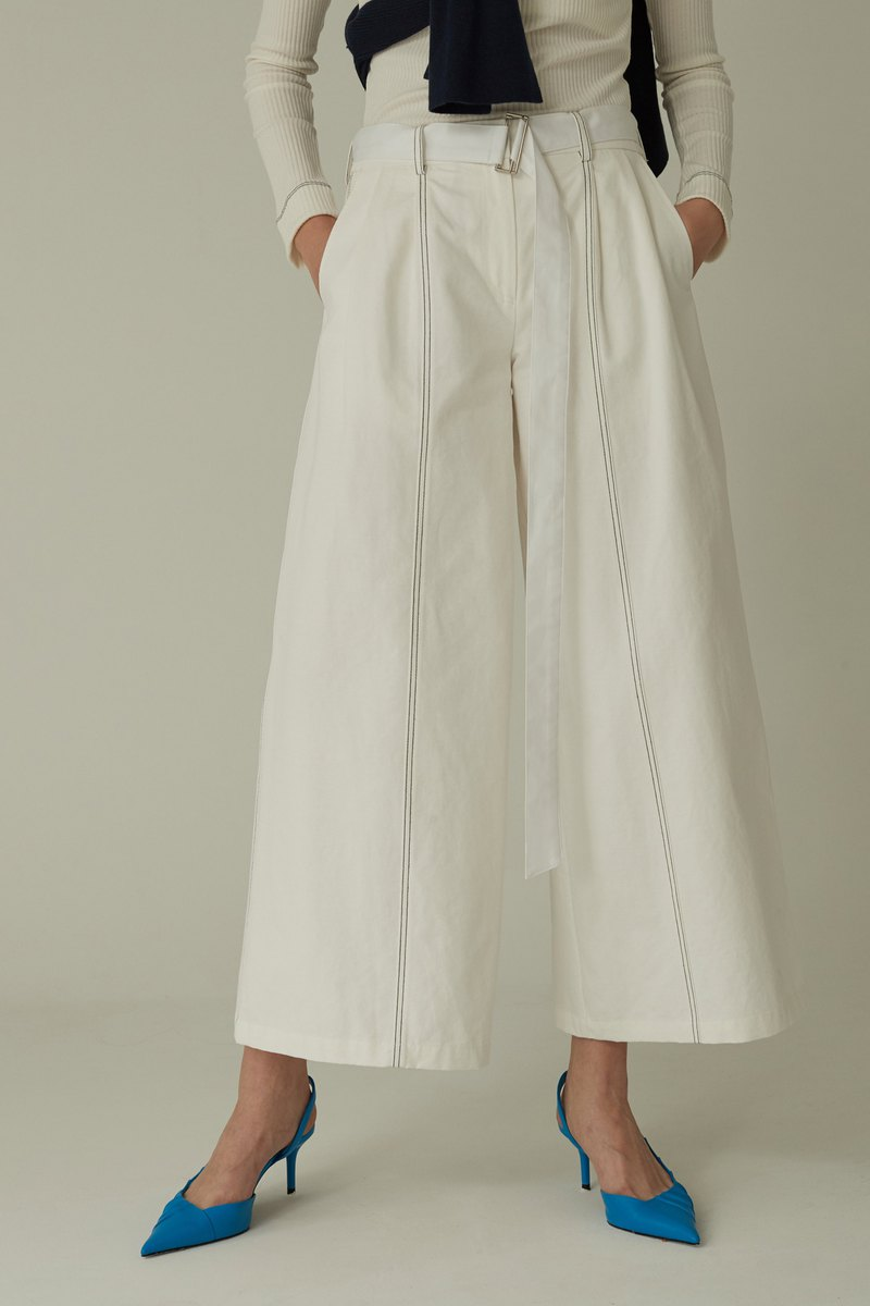 Line Pointed Wide Pants