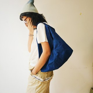 [Fasti Yearbook] Grass dyed blue dyed Indigo shoulder bag - blue medium
