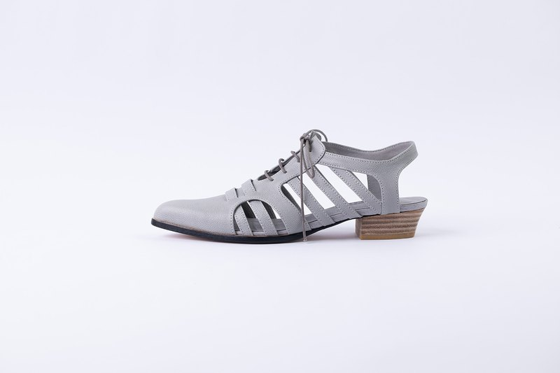 ZOODY / branch / handmade shoes / pointed toe sandals / gray caviar calfskin