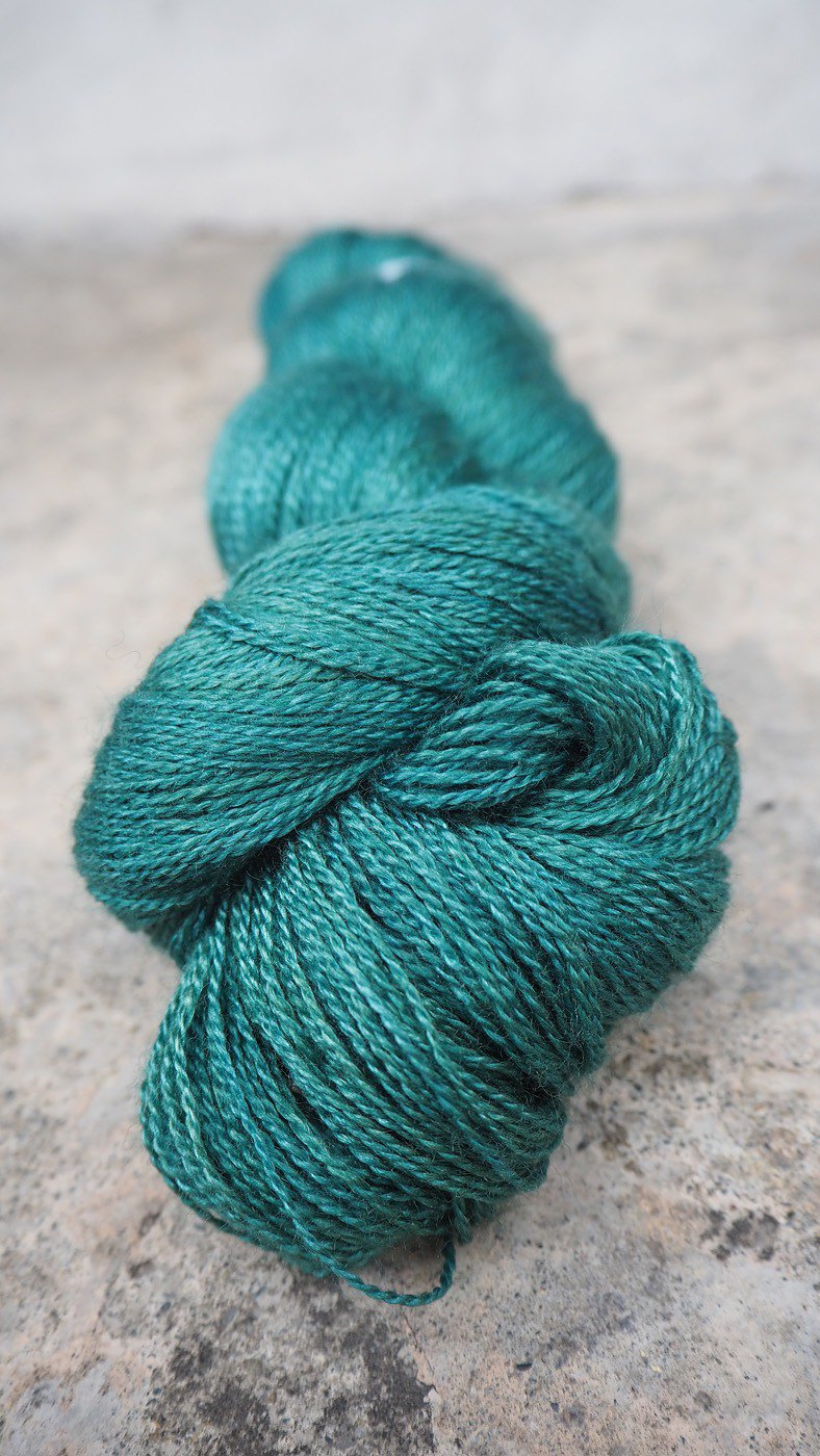 Hand dyed lace thread. Grass (55 BFL/45 Silk)