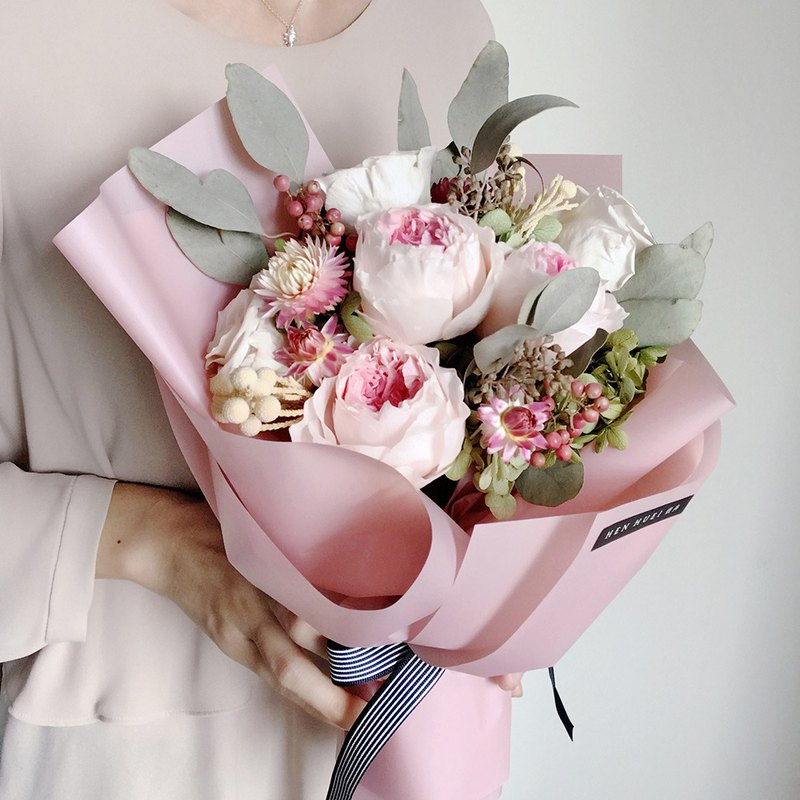 Bouquet of pink Austin roses – no flowers, dry flowers, bouquets, Valentine's Day, marriage proposal