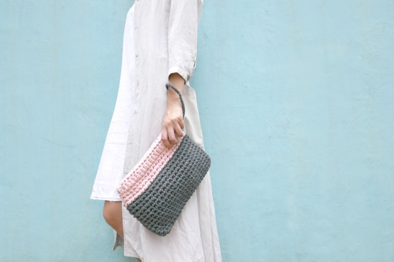 Duo Color Clutch, crochet, knit, handmade  (Grey / Black)
