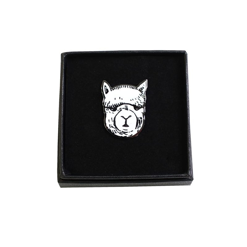 British Fashion Brand -Baker Street- Alpaca Pin Badge