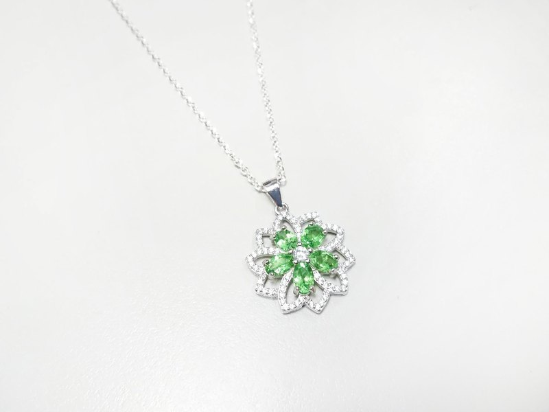 Small Garden Series Shafley Necklace 925 Sterling Silver Hand Inlay