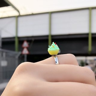 Japanese resin mini clay custom cupcake ring