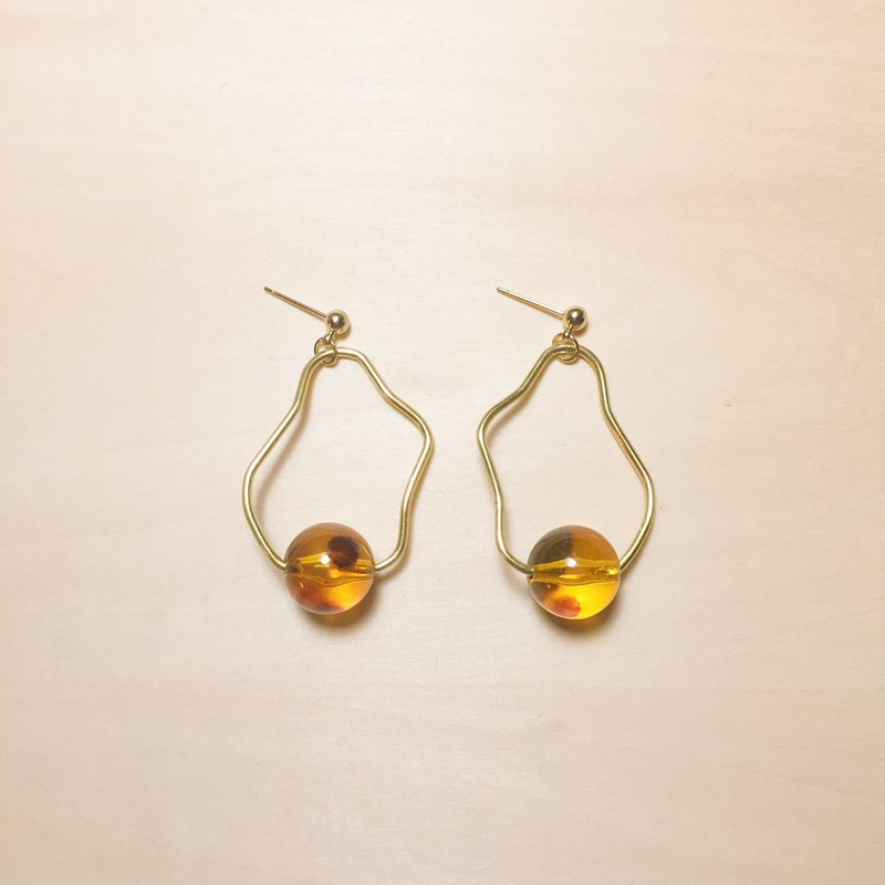 Vintage amber shaped copper wire earrings