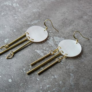geometry. Natural white pearl earrings