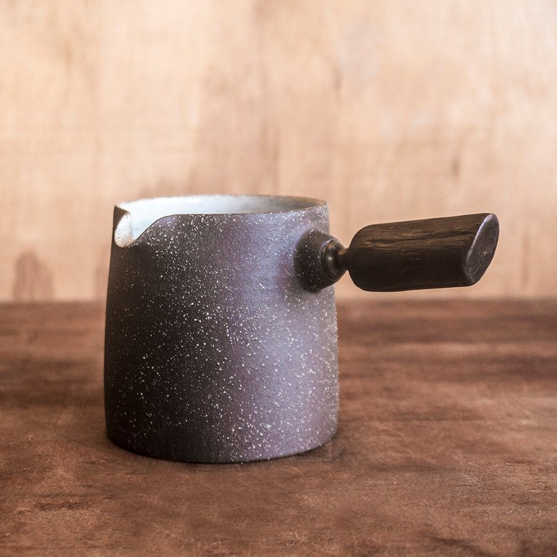 Made in the United States - no me series - wooden handle tea sea