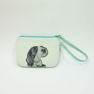 Hand-embroidered purse dog 02