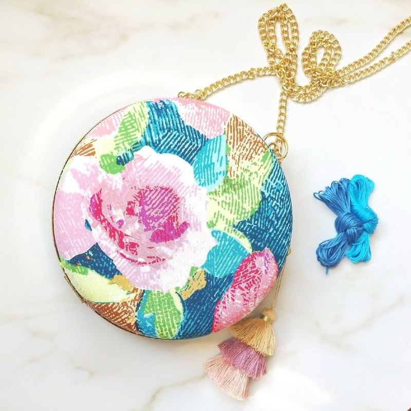 New oil painting, flower, small round bag, tassel, two sides, three-type, portable, shoulder, shoulder, gold bag