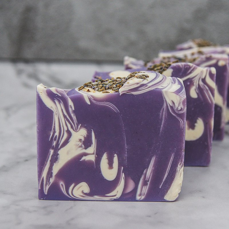 Natural Whale Natural Handmade Soap | No.14 : Lavender Wonderland