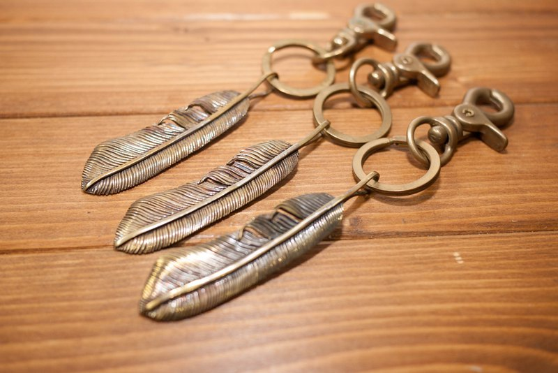 Dreamstation leather 鞄 Institute, handmade brass feather key ring, Indian silver feathers