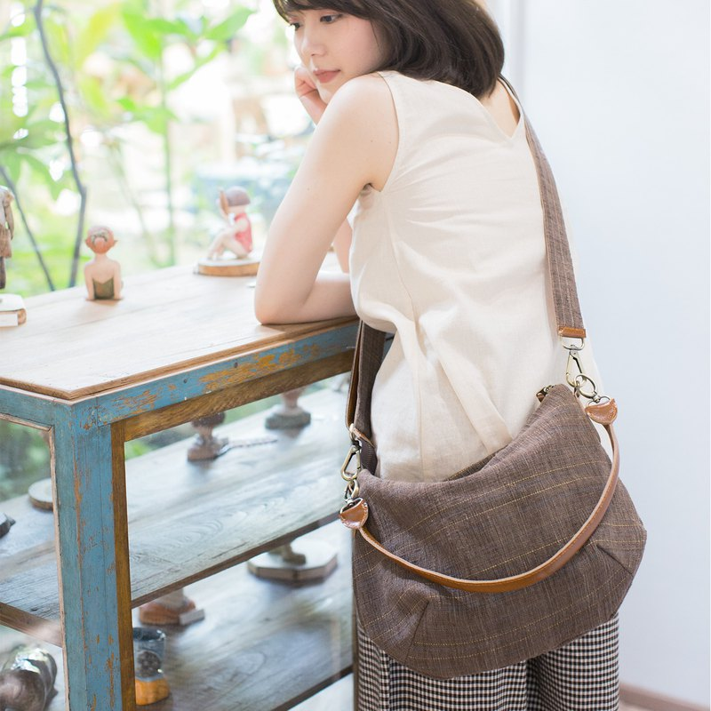 Cross-body Sweet Journey Bags M size Botanical Dyed Cotton Brown-Blue Color