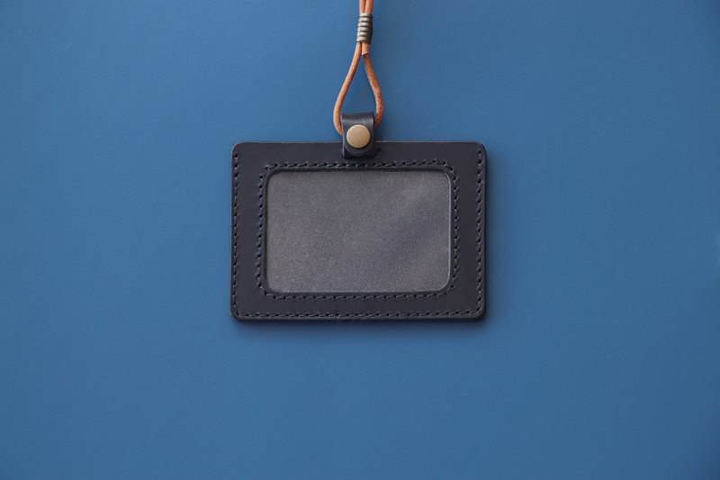 Black horizontal type | Double-layer vegetable tanned leather identification card cover-with original leather neck strap