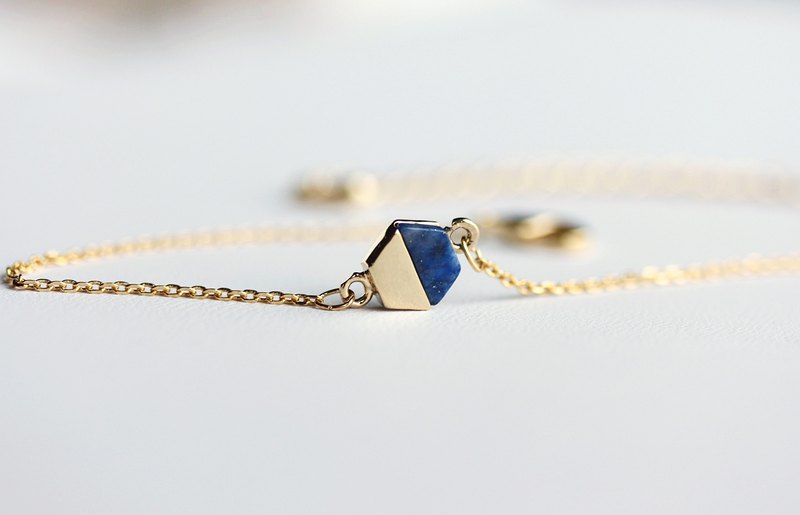 Dainty Geometric Gold Bracelet-Hexagon.Circle.Square.Gift for her.Gift for BFF,Layered style.Blue.White.Black.Gemstone bracelet.Adjustable bracelet